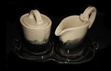 Ceramic sugar, creamer, and tray set